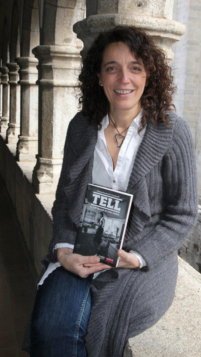 """Girona Gemma Domènech i Casadevall, investigadora de l'Institut Català de Recerca en Patrimoni Cultural, que ha publicat un llibre sobre l'arquitecte Jordi Tell Novelles (1907-1991), """"Tell, el llop solitari de l'exili català""""."""