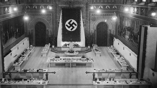 Nazis a Barna_Paranimf-Universitat-Barcelona-Llibre-Alemany